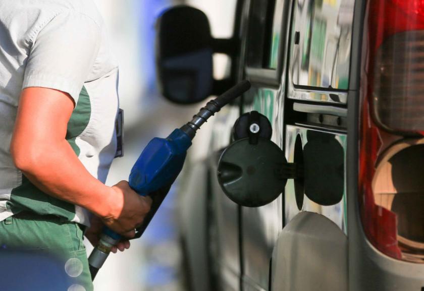 gasolina 2 840x577 - MAIS REAJUSTE: gasolina está mais cara nos postos a partir de hoje