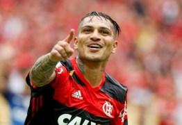 Pronto para jogar os 90, Guerrero se esquiva: 'A decisão é do Maurício'
