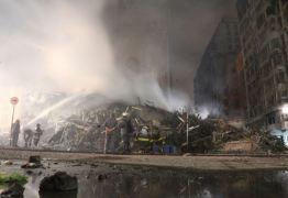 Ossada é encontrada no subsolo do prédio que desabou após incêndio em São Paulo