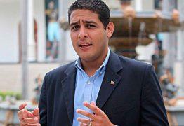 Oposição venezuelana afirma que menos de 20% da população foi as urnas nesse domingo