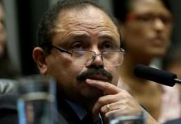 'A esquerda me traiu', diz deputado que tentou anular impeachment