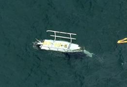 Helicóptero cai na Barra da Tijuca, deixa um morto e 3 feridos; VEJA VÍDEOS