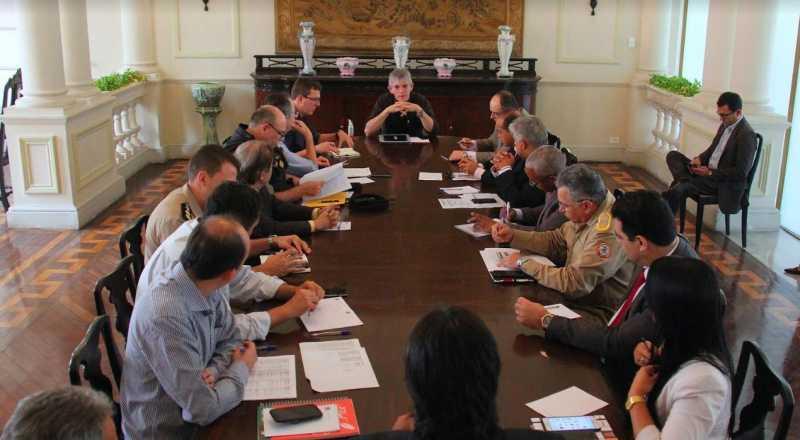 t 1 3 - Ricardo Coutinho cria Comitê de Abastecimento e diz que a prioridade é salvar vidas