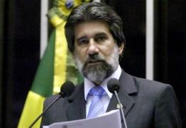 MAIS UM: Fachin manda arquivar inquérito contra senador do MBD Valdir Raupp