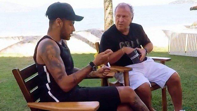 xneymar zico.jpg.pagespeed.ic .vM88sHYSxj - Neymar fala sobre trio com Jesus e Coutinho na seleção na Copa: 'Espero que resolva'