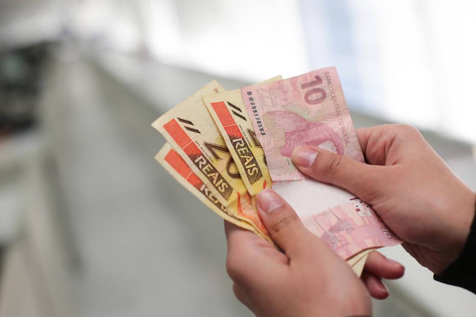 1514326155324 - Governo amplia saques do PIS/Pasep e libera R$ 39,3 bi na economia