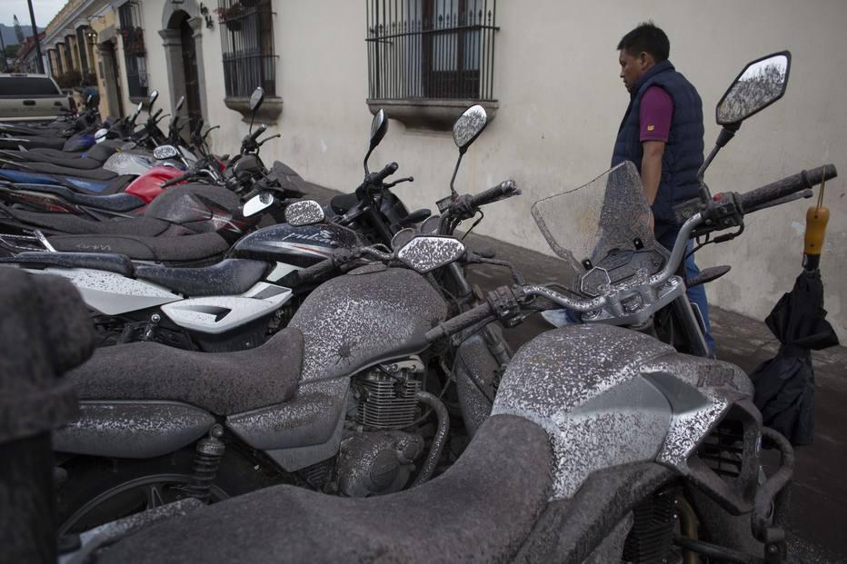 1528071801598 - TRAGÉDIA NA GUATEMALA: Número de mortos após erupção do Vulcão de Fogo sobe para 62