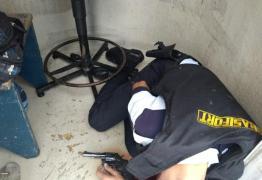 VEJA VÍDEOS: Bandidos tentam resgatar preso em clínica e acabam matando vigilante em CG