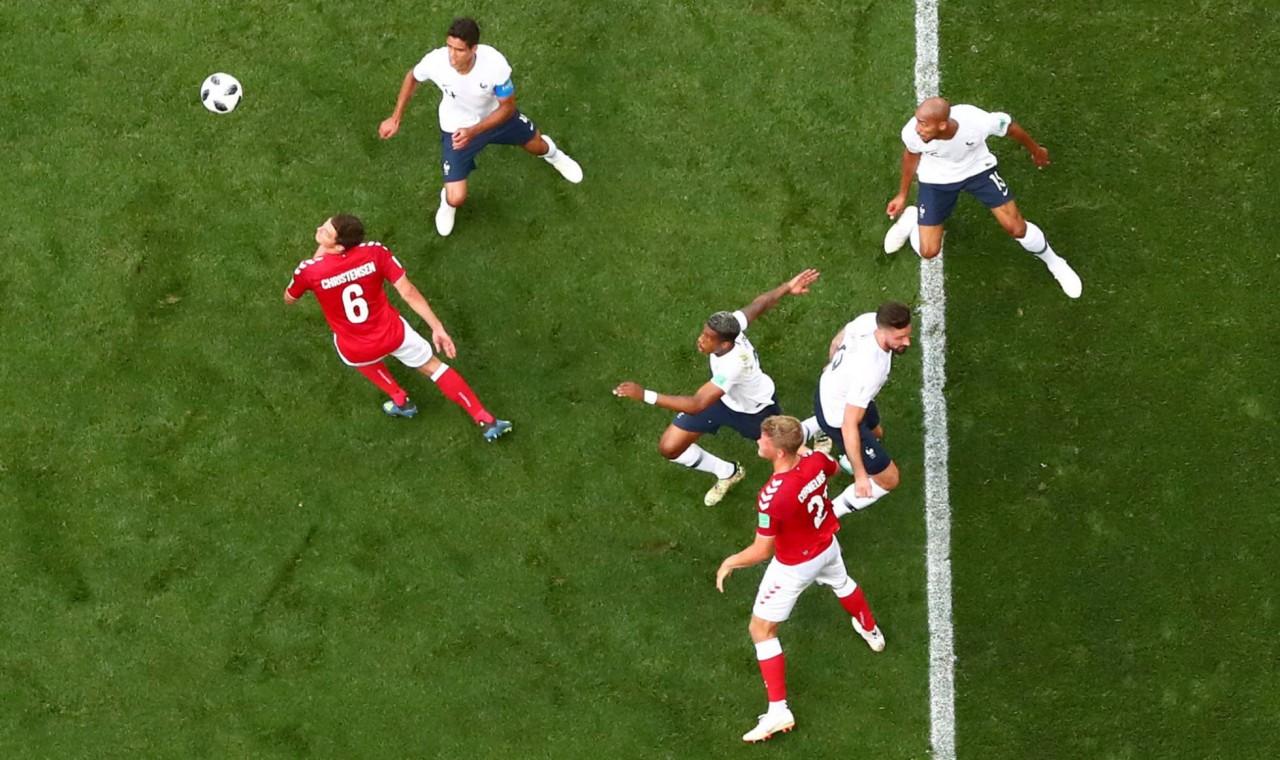 1530018724 408574 1530026260 noticia normal recorte1 - França e Dinamarca ficam no 0 a 0 em empate conveniente para ambas