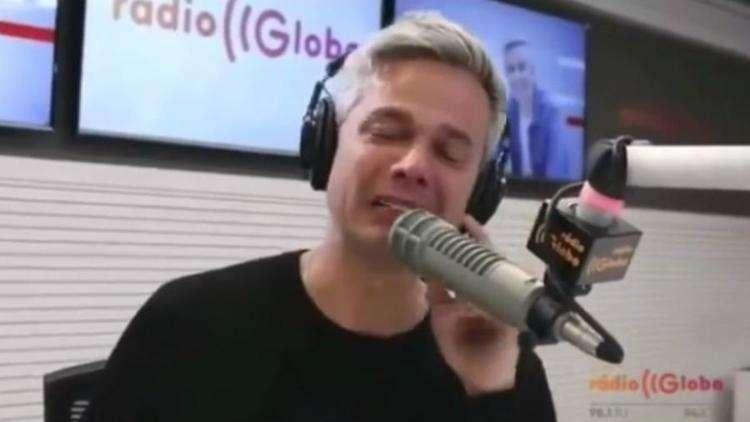 20180608122013979364e - Otaviano Costa chora e sai em defesa de Flávia por herança de Marcos Paulo; veja vídeo!