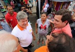 João Azevêdo participa de Encontro Regional de PSB em Aroeiras e destaca importância da construção da PB 090