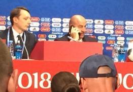 Putin liga para técnico e interrompe entrevista após goleada da Rússia