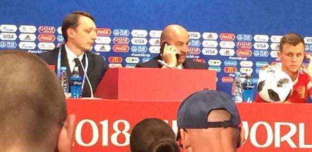 Dfq5u wWsAAgPLh - Putin liga para técnico e interrompe entrevista após goleada da Rússia