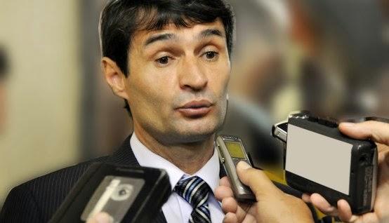 Romero Rodrigues noticia santa rita hoje 3.jpg.554x318 q85 crop - Romero Rodrigues anuncia reforma administrativa na estrutura da PMCG