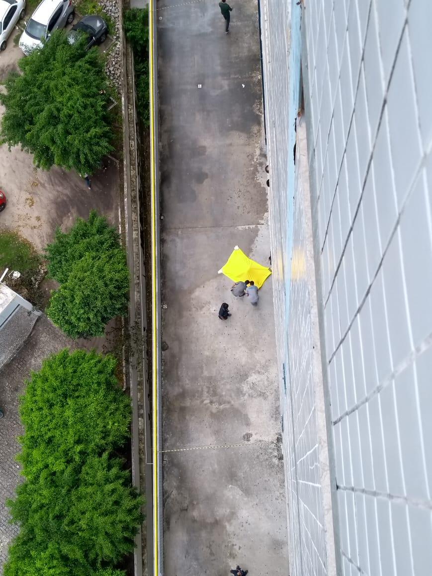 WhatsApp Image 2018 06 11 at 8.46.57 AM - TRAGÉDIA: Rapaz cai do décimo andar de faculdade em João Pessoa