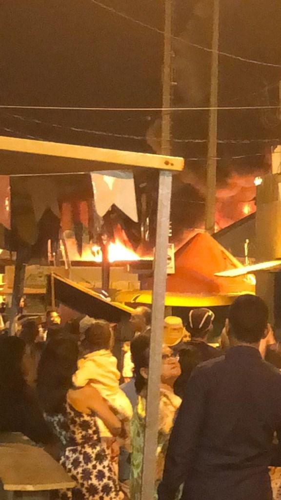 WhatsApp Image 2018 06 30 at 20.08.41 576x1024 - URGENTE: Botijão de gás explode e incêndio atinge barracas no Parque do Povo; shows estão cancelados - VEJA VÍDEOS!