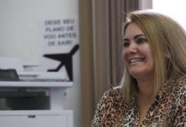 Segunda ex-mulher de Bolsonaro tenta vaga na Câmara com o sobrenome do presidenciável