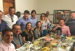 CAFÉ COM MARANHÃO, DANIELA E PEDRO: Oposições se encontram na casa do prefeito Daniel Galdino, em Piancó