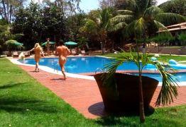 TURISMO LIBERAL: Pipa se destaca em segmento atraindo casais de todo o Brasil -VEJA VÍDEOS