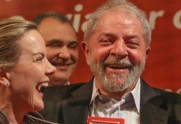 Jornal diz que Gleisi pode ser vice de Lula