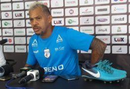 Marcelinho Paraíba volta aos treinos depois de 'sumiço'