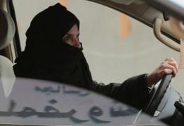 Arábia Saudita emite primeiras carteiras de motorista para mulheres