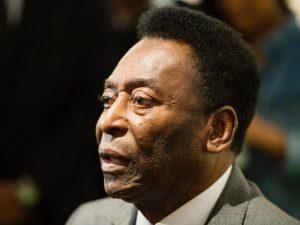 pele e1516387000813 300x225 - Pelé reage bem a medicamentos, segue internado e cancela viagem aos EUA