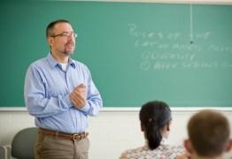 OPORTUNIDADE: Inscrições de concurso para professor da rede estadual da PB começam nesta quarta