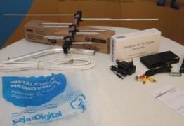 Governo entregou 160 mil kits de conversores digitais