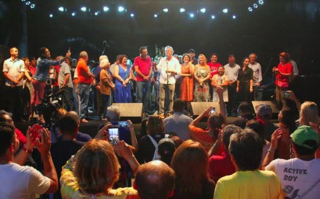 """Capturar 3 - Vocalista da banda Tribo de Jah agradece gesto pessoal de RC: """"Nenhum governador do Brasil havia me convidado antes para cantar em evento público"""""""