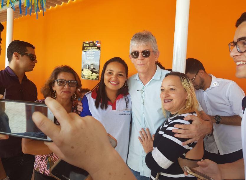 Capturar 56 - VEJA FOTOS: RC cumpre agenda em Santa Rita e entrega obras de reforma e manutenção de escolas