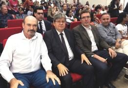 Deputado Jeová Campos participa de encontrodo pré-candidato João Azevedo na OAB-PB