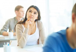 Ensino superior: troca ou abandono de curso corresponde à metade dos ingressantes