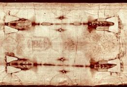 Metade das manchas de sangue do Santo Sudário são falsas, dizem especialistas