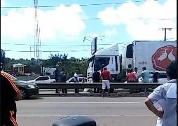 Homem é atropelado duas vezes ao tentar atravessar rodovia