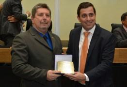 Câmara de João Pessoa é homenageada durante inauguração da reforma da ALPB