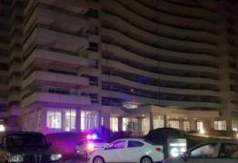 Mulher e filha de 4 anos caem do 21º andar de prédio e morrem