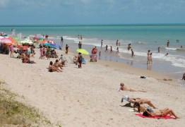 Acidente com pipa de kitesurf deixa feridos na praia do Bessa, em João Pessoa