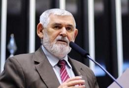 """Pesquisa do PT Nacional e """"indefinição"""" de Daniella podem fazer de Couto o """"senador de Lula"""" na PB"""