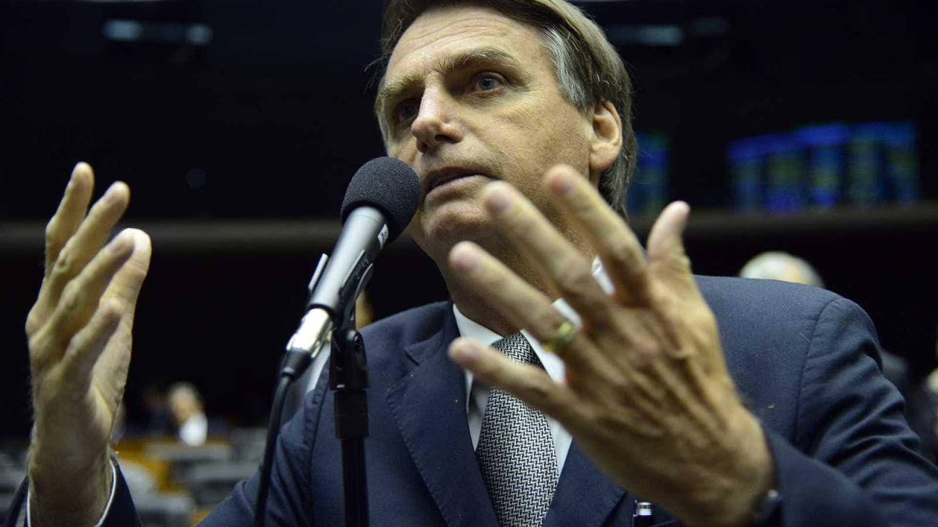 naom 5a89a9d16c8db - 'Chega de frescura', diz Bolsonaro sobre polêmica com criança e arma