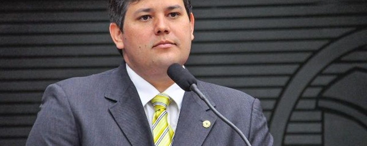Dinaldinho Wanderley 1200x480 - Vice assume hoje em Patos no lugar do prefeito afastado