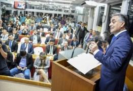'Pé no acelerador e olhar para o futuro', destaca prefeito na reabertura dos trabalhos na CMJP
