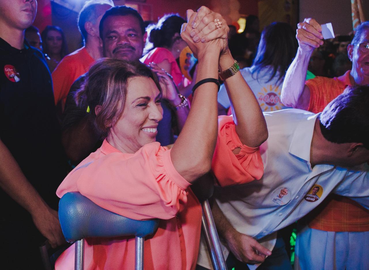 WhatsApp Image 2018 08 28 at 08.17.35 - Cida Ramos reúne mais de 3 mil pessoas em inauguração de comitê em João Pessoa e lidera caminhada até o Busto de Tamandaré