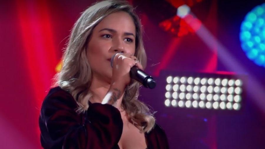 """a cantora michele andrade se apresenta no the voice brasil 1533133587282 v2 900x506 - Nenhuma cadeira vira para ex-vocalista da banda do Ximbinha no """"The Voice"""" - VEJA VÍDEO"""