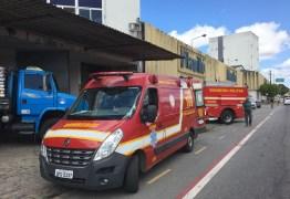 Acidente em fábrica de milho deixa funcionários soterrado em Campina Grande