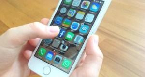 celular232 300x160 - Facebook planeja unir mensagens do Messenger, Instagram e WhatsApp