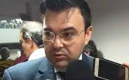 Raniery Paulino afirma que estão querendo utilizar o eufemismo para suavizar a problemática do fechamento das comarcas