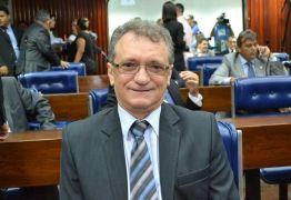 Juíza federal indefere pedido e mantém o deputado Galego de Souza inelegível