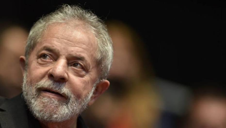 lula 3 - MULTAS DE ATÉ R$ 65 MIL: TRE proíbe candidatos e partidos de utilizarem material de campanha com Lula como candidato a presidente