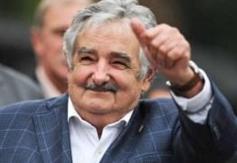 Pepe Mujica renuncia ao Senado do Uruguai